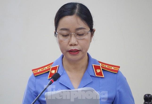 Vợ Chủ tịch tỉnh nhờ Phó GĐ Sở 'giúp đỡ' vụ nâng điểm thi ở Hà Giang ảnh 2