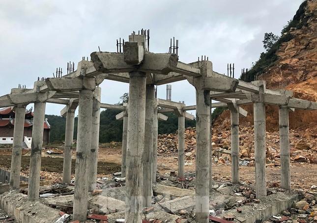 Cận cảnh siêu dự án 'bạt núi' làm du lịch ở Lũng Cú vừa bị đình chỉ ảnh 8