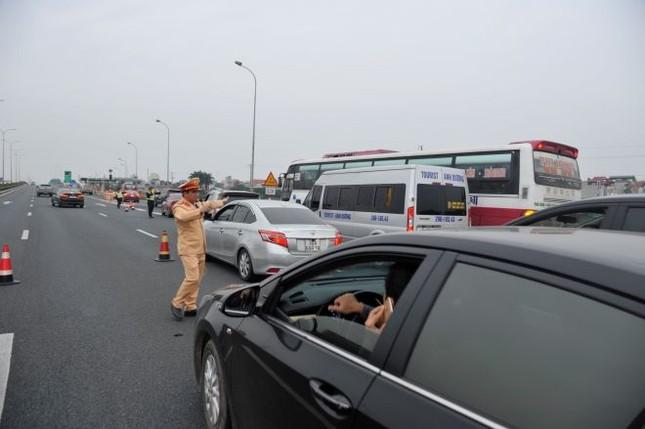 6 ngày nghỉ Tết, 2.298 'ma men' lái xe bị CSGT xử phạt ảnh 2
