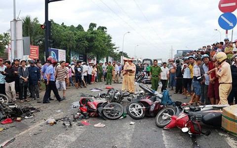 133 người chết vì tai nạn, phạt hơn 3.100 tài xế vi phạm nồng độ cồn ảnh 1