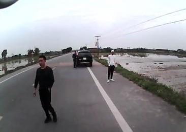 Yêu cầu chấm dứt 'xe đầu gấu' lộng hành ở Thái Bình ảnh 1