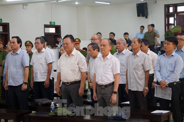 Bắt tạm giam hai cựu Chủ tịch TP Đà Nẵng vụ Vũ 'nhôm' thâu tóm đất vàng ảnh 1