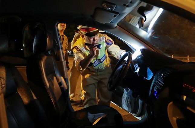 Tài xế dương tính ma túy, vi phạm nồng độ cồn vẫn lái xe trên cao tốc ảnh 2