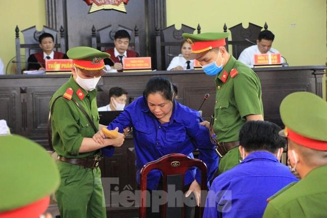 Vụ gian lận điểm thi ở Sơn La: Đề nghị triệu tập cựu Giám đốc Sở Giáo dục tới tòa ảnh 2