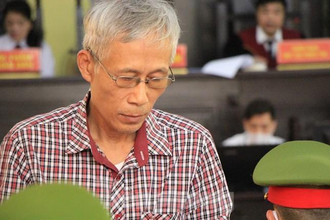 Chân dung cựu cán bộ giữ chức vụ ngành giáo dục, công an hầu tòa ảnh 7
