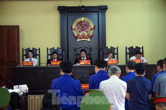 Đề nghị 25 năm tù kẻ nhận tiền tỷ để nâng điểm cho thí sinh Sơn La ảnh 1