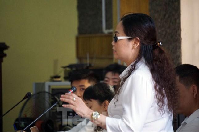 Vì sao GĐ Sở GD&ĐT Sơn La nhờ giúp 13 thí sinh vẫn vô can? ảnh 1