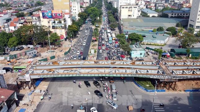 Đường Nguyễn Văn Huyên sắp có cầu vượt giải phóng điểm đen ùn tắc ảnh 2