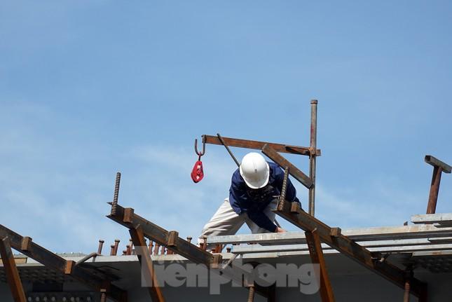 Đường Nguyễn Văn Huyên sắp có cầu vượt giải phóng điểm đen ùn tắc ảnh 6