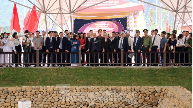 Thủ tướng dự lễ khởi động, khánh thành 2 dự án trọng điểm ở Hải Phòng ảnh 4