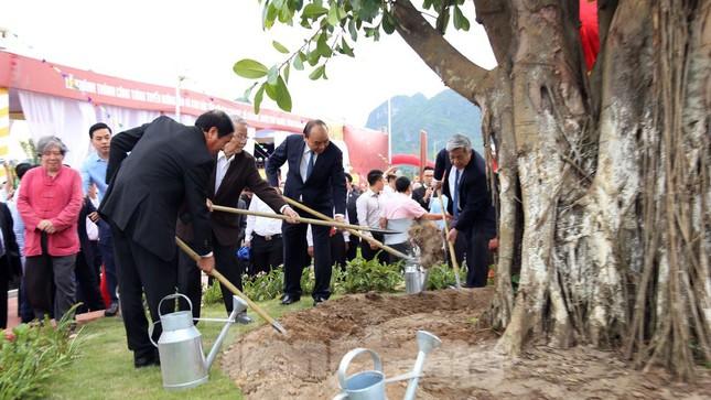 Thủ tướng dự lễ khởi động, khánh thành 2 dự án trọng điểm ở Hải Phòng ảnh 2