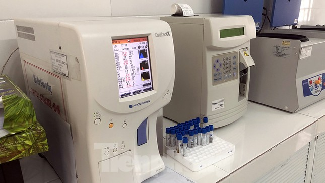 26 thiết bị y tế trị giá hơn 37 tỷ đồng 'đắp chiếu' ở Hải Dương ảnh 6
