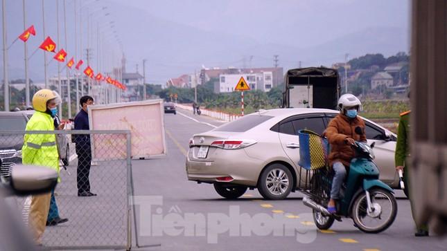 Hình ảnh lực lượng chức năng phong tỏa thành phố Chí Linh ảnh 13