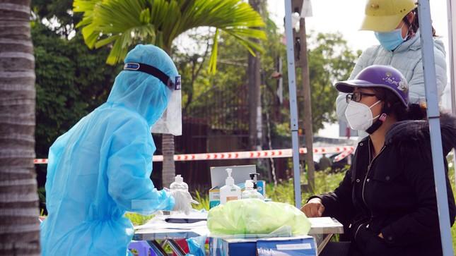 COVID-19 ngày 1/3: Dỡ phong tỏa TP Chí Linh, huyện Cẩm Giàng ảnh 6