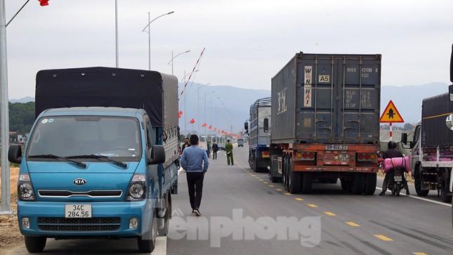 COVID-19 ngày 1/3: Dỡ phong tỏa TP Chí Linh, huyện Cẩm Giàng ảnh 5