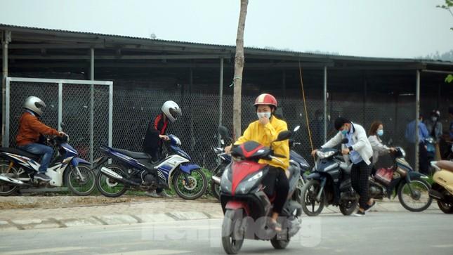 Công nhân tháo chạy vì công ty ở Hải Dương bị phát hiện cho 'làm chui' ảnh 5
