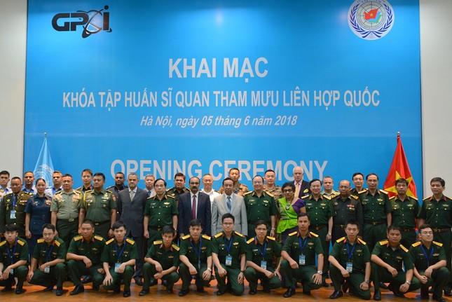 Tập huấn sĩ quan Tham mưu Liên hợp quốc tại Việt Nam ảnh 2