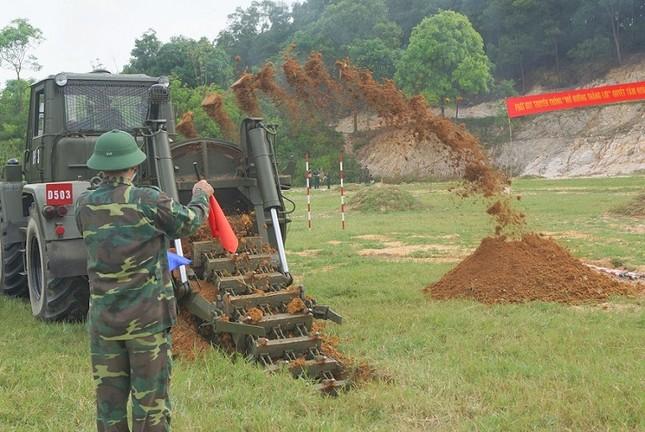 Mục kích lính công binh huấn luyện chống khủng bố ảnh 16
