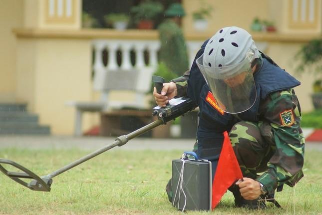 Mục kích lính công binh huấn luyện chống khủng bố ảnh 5