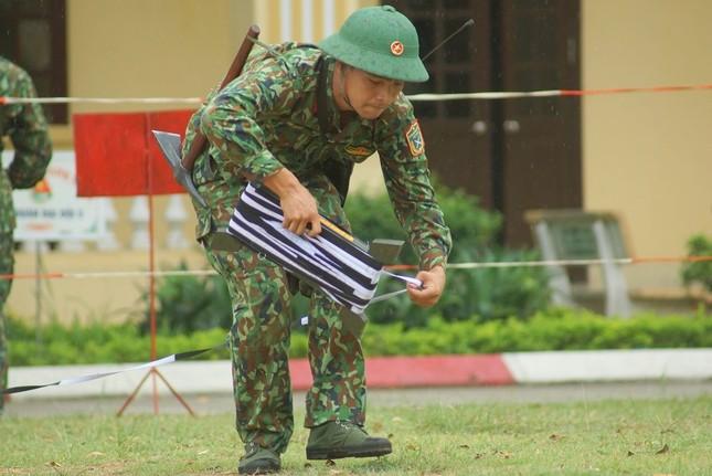 Mục kích lính công binh huấn luyện chống khủng bố ảnh 3