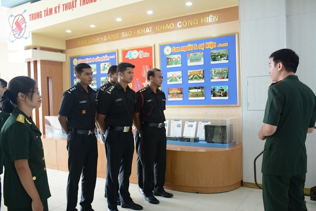 Giao lưu sĩ quan trẻ Việt Nam - Ấn Độ ảnh 2