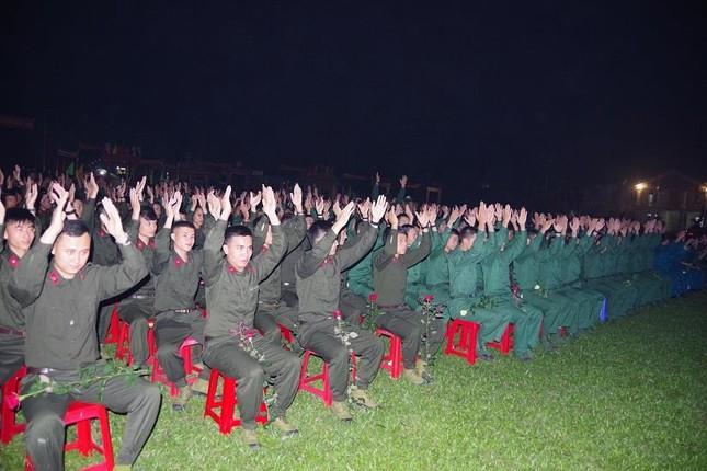 Giao lưu 'Ra quân quyết thắng' tại Nghệ An ảnh 6