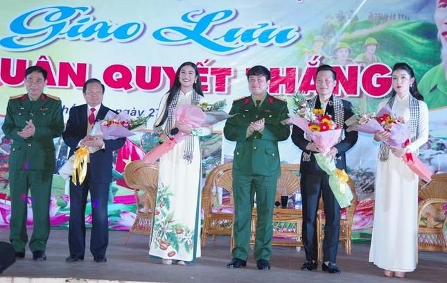 Giao lưu 'Ra quân quyết thắng' tại Nghệ An ảnh 1
