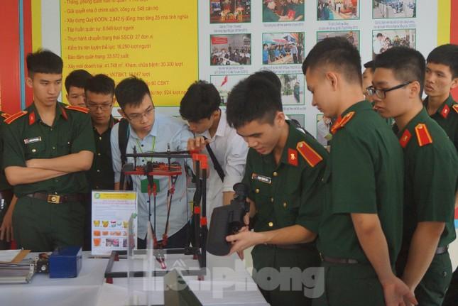 Học viện Kỹ thuật Quân sự tôn vinh điển hình sáng tạo khoa học trẻ ảnh 4