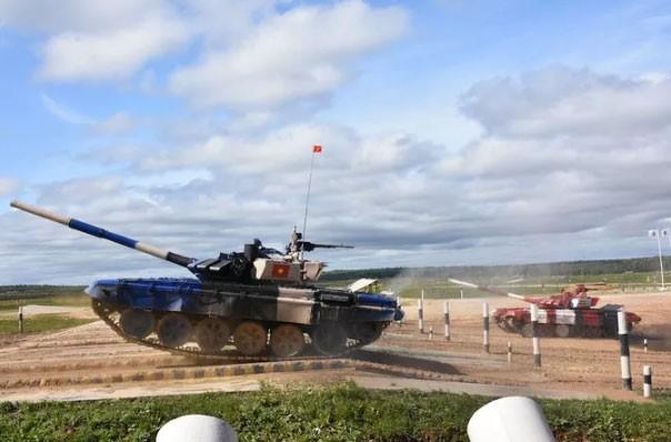 Vì sao xe tăng đội Việt Nam đạt tới vận tốc 74km/h ở Army Games? ảnh 1