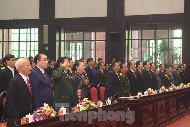 Trao tặng danh hiệu Anh hùng cho Quân tình nguyện và Chuyên gia Việt Nam tại Lào ảnh 3