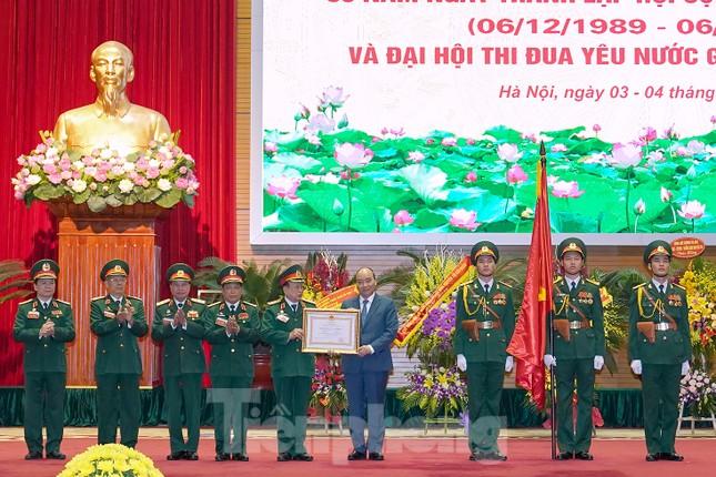 Thủ tướng Nguyễn Xuân Phúc: Cựu chiến binh là gương sáng cho thế hệ trẻ ảnh 1