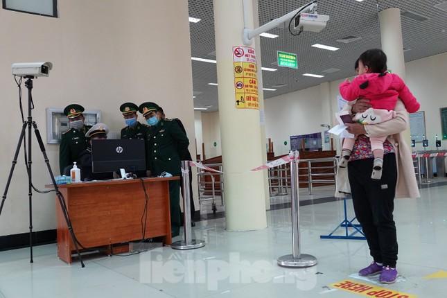 Bảy tỉnh tiếp giáp Trung Quốc sẵn sàng ứng phó với dịch nCoV ảnh 4