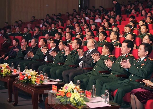 Bộ Quốc phòng trao tặng giải thưởng văn học, nghệ thuật, báo chí 5 năm ảnh 4