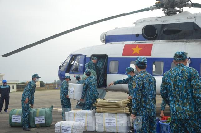 Đoàn Không quân Ba Vì diễn tập ứng phó tình huống 30 nghìn người mắc Covid-19 ảnh 5