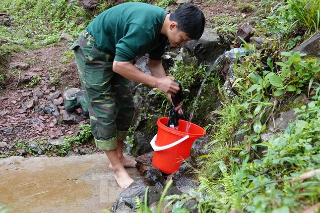 Biên phòng Quảng Ninh ngăn đại dịch COVID-19 ảnh 11