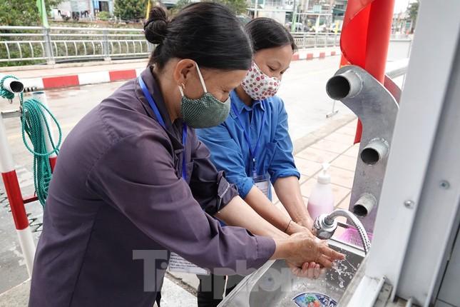 Biên phòng Quảng Ninh ngăn đại dịch COVID-19 ảnh 20