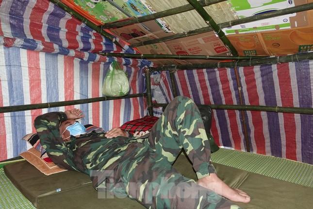 Biên phòng Quảng Ninh ngăn đại dịch COVID-19 ảnh 13