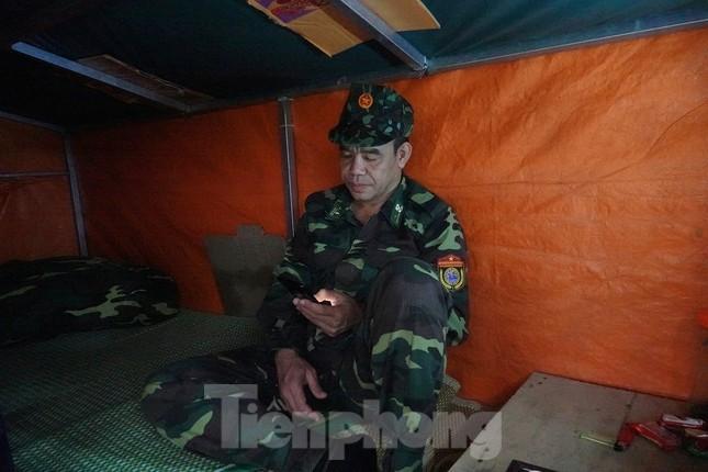 Biên phòng Quảng Ninh ngăn đại dịch COVID-19 ảnh 12