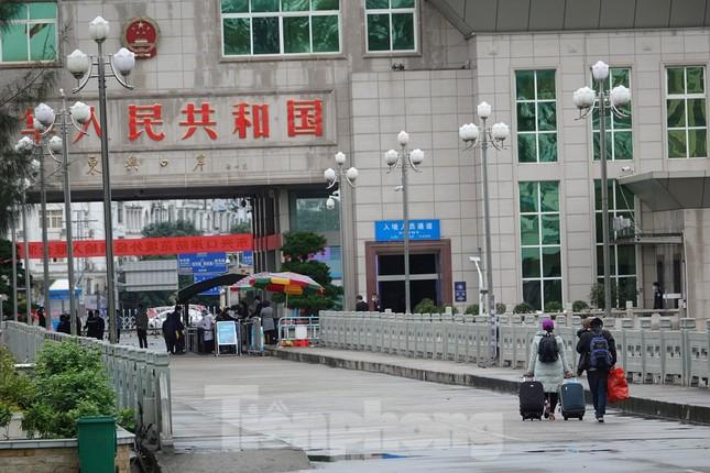 Biên phòng Quảng Ninh ngăn đại dịch COVID-19 ảnh 17