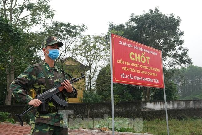 259 học viên Biên phòng lên biên giới dầm mưa chống đại dịch ảnh 3