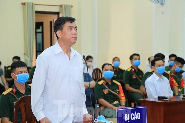 Nhận hối lộ, nguyên Chánh thanh tra Xét khiếu tố của Bộ Quốc phòng lĩnh 20 năm tù ảnh 1