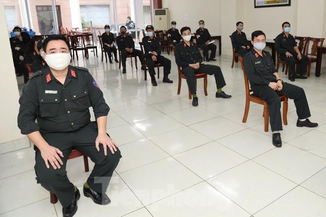 Tư lệnh và đoàn viên Cảnh sát cơ động hiến máu tình nguyện ảnh 4