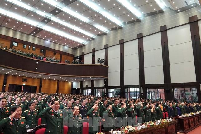 Thủ tướng: Phẩm chất 'Bộ đội Cụ Hồ' được phát huy trong phòng chống COVID-19 ảnh 2