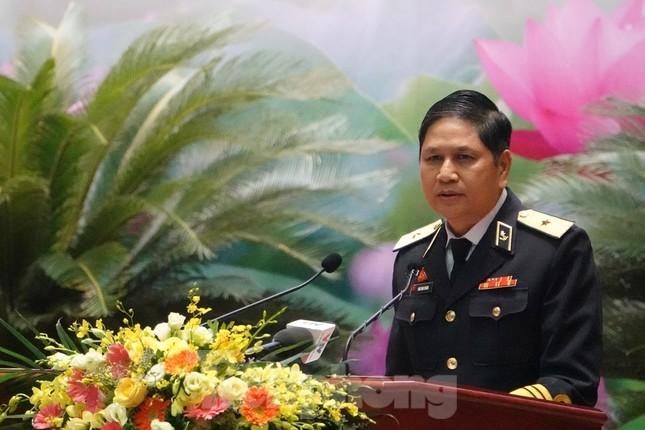 Chuẩn Đô đốc Ngô Văn Thuân: Còn người, còn biển đảo ảnh 2