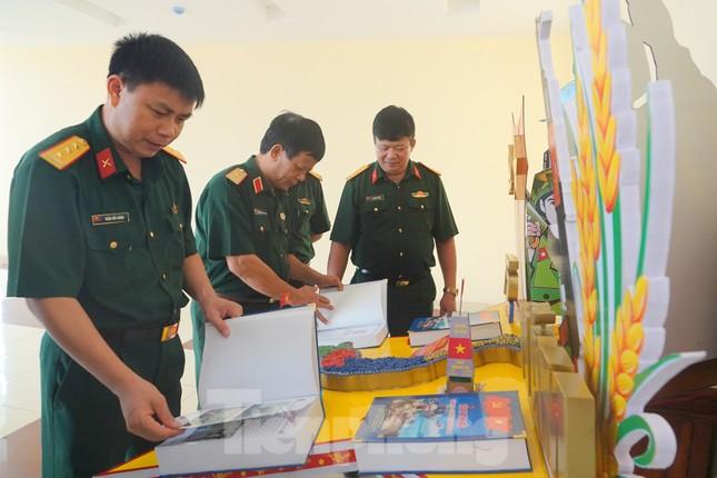 Bổ trợ nâng cao ý thức pháp luật cho thanh niên Quân đội ảnh 1