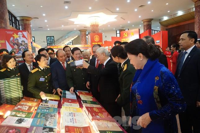 Tổng Bí thư, Chủ tịch nước Nguyễn Phú Trọng dự và chỉ đạo Đại hội Đảng bộ Quân đội ảnh 2