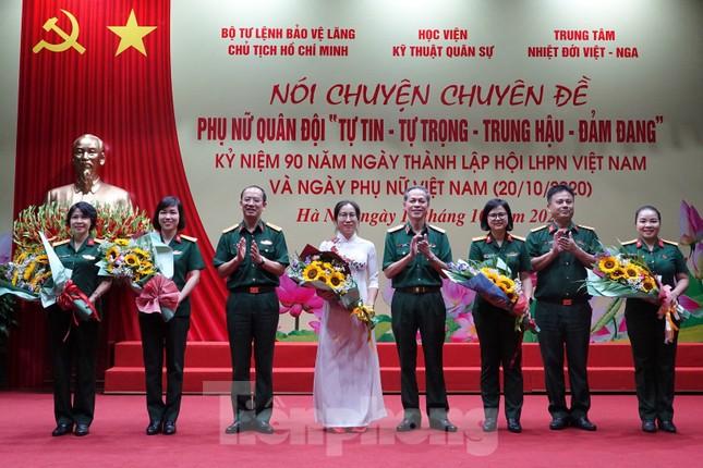 Phụ nữ Quân đội không quên vai trò, thiên chức trong gia đình ảnh 2
