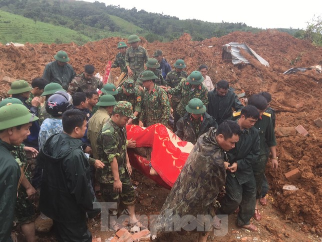 Danh tính 22 cán bộ, chiến sĩ gặp nạn trong vụ sạt lở đất ở Quảng Trị ảnh 1