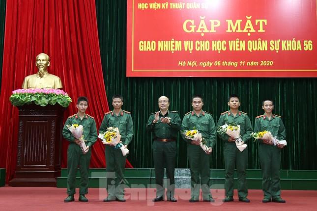 Học viện Kỹ thuật Quân sự tiếp sức 655 tân học viên ảnh 1