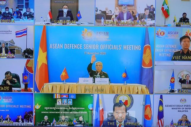 Quan chức quốc phòng cấp cao ASEAN bàn kế hoạch hợp tác 3 năm tới ảnh 1